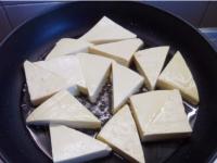 家常豆腐煲怎么做,广州豆腐煲放什么配菜